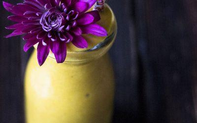 Anti-inflammatory Tropical Mango Smoothie