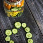 fresh-rainbow-salad-in-a-jar