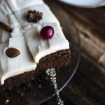 gingerbread-cake-with-coconut-vanilla-icing