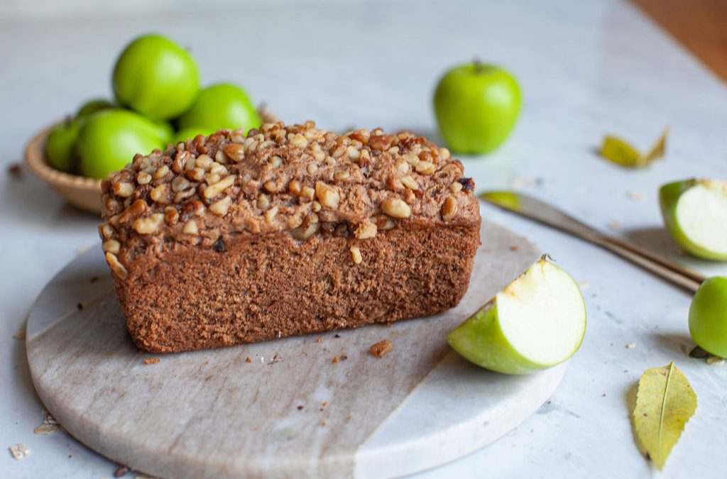 Apple Cinnamon Spice Loaf